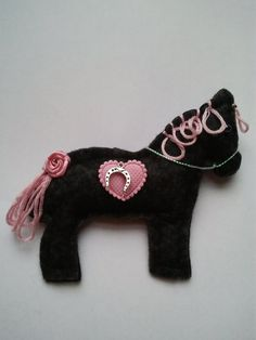 Handmade Felt Horse pony equine brooch by CraftyBunnyDog on Etsy