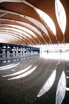 Fabric units create uniform look in airport terminals