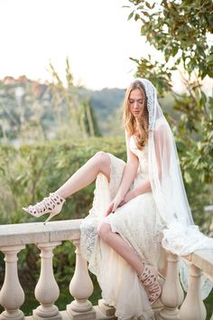 Bespoke and made-to-order bridal and evening wear. Vintage inspired couture wedding dresses and red carpet gowns handmade in Brighton England. Norwegian Wedding, Red Carpet Gowns, Bridal Gowns, Wedding Dresses, Wedding Blog, Wedding Ideas, Dressmaking, Vintage Inspired, Stylists