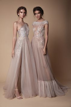 Berta 2018 Evening Dress Collection Gorgeous champagne coloured sheer evening wedding gown with tulle skirts, sexy thigh slits, fringe detail and shimmery embroidery // You've… Classy Evening Gowns, Evening Party Gowns, Evening Dresses, Prom Dresses, Wedding Evening Gown, Bridesmaid Dresses, Best Formal Dresses, Bohemian Wedding Dresses, Tulle Wedding