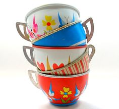 50s Tin Toy Tea cups Set of 5 vintage metal by OldeTymeNotions  so cute!  want for Bella!