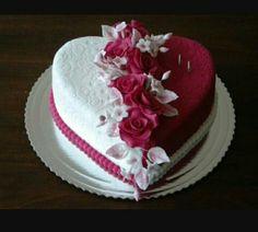 New Birthday Cake For Women Roses Pastel Ideas Heart Shaped Birthday Cake, Heart Shaped Cakes, Heart Cakes, Birthday Cake For Women Elegant, Birthday Cakes For Women, Birthday Cake Girls, 25th Birthday Cakes, Wedding Anniversary Cakes, Wedding Cakes