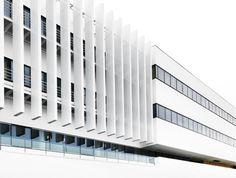 Fachada ventilada de Krion en el edificio Pole Optique de la villa universitaria de Talence, Bordeaux