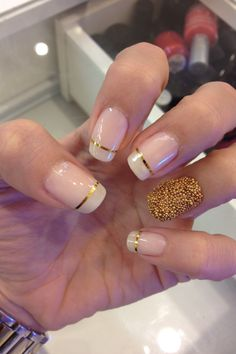 Caviar nails and gold strips, perfect impact for the modern bride! #freehand #nailart #nails