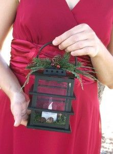 Lanterns for the bridesmaids instead of bouquets! That would be so beautiful for a winter wedding!