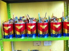 dulcero de superwoman o mujer maravilla
