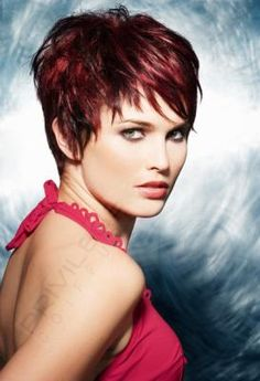 1000 id es sur le th me cheveux rouge acajou sur pinterest cheveux roux cheveux roux et - Meche rouge homme ...