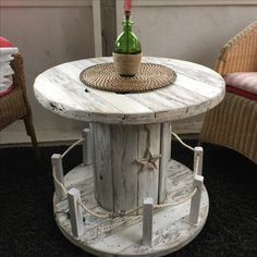 Cable drum table maritime shabby style – drum # … - All About Balcony Diy Cable Spool Table, Cable Drum Table, Wood Spool Tables, Wooden Cable Spools, Shabby Chic Furniture, Diy Furniture, Diy Tisch, Wooden Pallets, Recycled Wood