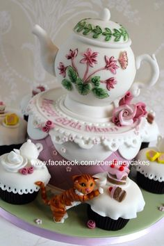 Tea party cake and cupcakes - Cake by Zoe's Fancy Cakes