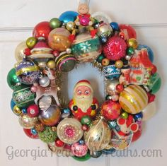 Image of Shiny & Brite Vintage Ornament Wreath 0915 - diameter Christmas Ornament Wreath, Xmas Wreaths, Vintage Christmas Ornaments, Retro Christmas, Vintage Holiday, Winter Christmas, Christmas Holidays, Christmas Decorations, Vintage Decorations