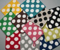 Grytlapp stor prick (I just think they're pretty. Crochet Beret Pattern, Crochet Motifs, Crochet Squares, Crochet Granny, Knit Crochet, Crochet Patterns, Crochet Potholders, Crochet Dishcloths, Crochet Hot Pads