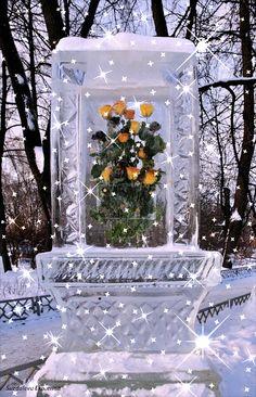 Eleonorik — «Фигуры из льда (92)а.gif» на Яндекс.Фотках