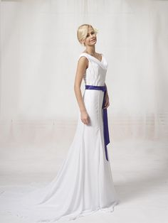 Drooping Neckline Chiffon Bridal Gown with Sash