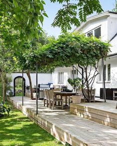 Outdoor living room ideas to expand your living space ., Outdoor living room ideas to expand your living space . # extension Even though ancient inside thought, this pergola has become enduring a present day renaissance all these days. Small Backyard Landscaping, Backyard Patio, Landscaping Ideas, Patio Wall, Landscape Design, Garden Design, Pergola Diy, Pergola Ideas, Patio Ideas