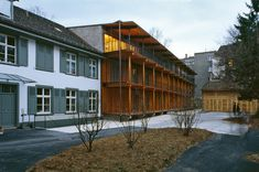 Herzog & de Mueron - Apartment building along a party wall, Basel 1988. Photo Margherita Spiluttini.
