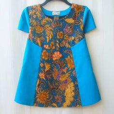 African Dresses For Kids, African Print Dresses, African Print Fashion, African Wear, Blouse Batik, Batik Dress, Frocks For Girls, Little Girl Dresses, Dress Anak