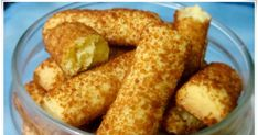 Bahan :   - 100 gr mentega  - 100 gr margarin  - 150 gr gula halus  - 3 kuning telur  - 300 gr tepung terigu  -  20 gr susu bubuk  - 1/2 s...
