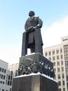 Statue of Vladimir Lenin in front of the Parliament Building in Minsk, Belarus. Bolshevik Revolution, Vladimir Lenin, Moldova, Communism, Historical Architecture, Soviet Union, Vintage Travel Posters, Continents, Ukraine