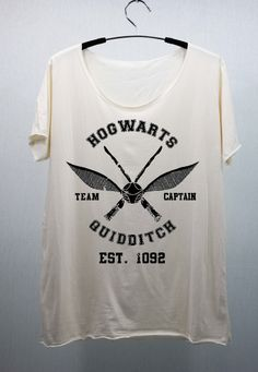 Hogwarts Quidditch - Harry Potter T Shirts Tee Shirt. This is so freakin AWESOME!