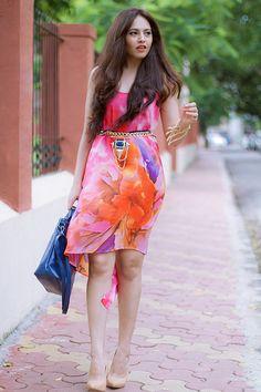 |Dress| Fancypants| Shoes| Forever21| Necklace worn as belt| Fancypants| Belt|  Colaba| Sunglasses| Bag| On my lips| Mac Vegas Volt| Chambor Orange| Bracelet| Accessories| Daily Feature| Fashion| Blogger| Hair| Makeup| Pink| Lips|