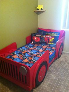 Lauren, be careful. Here's Dee's dream Jeep bed.