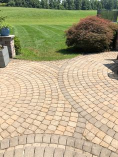 The paver patio design that is ideal might be the way that you want if you believe your terrace is currently lacking something you can't point your Stunning Paver Patio Ideas – Backyard Dreamsscapes Designs Home Design, Patio Design, Design Design, Curved Pergola, Pergola Patio, Pergola Curtains, Pergola Plans, Cheap Pergola, Patio Roof