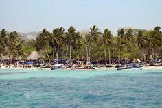 PLAYA BLANCA, COLOMBIE Les plages immaculées et les eaux turquoise de Playa Blanca sont un paradis pour les baigneurs et les plongeurs.