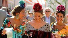 Las tendencias de moda flamenca que se han visto en el real de la Feria de Sevilla