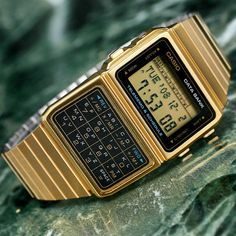 The new Apple Watch has nothing on this. Built in calculator AND a data bank. Casio Databank, Casio Gold, Casio Watch, Retro Watches, Old Watches, Gold Calculator, Casio Digital, New Apple Watch, Latest Watches