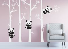 Ideas for Decorating a Bedroom in a Panda Theme Baby Room Decor, Bedroom Decor, Bedroom Themes, Wall Decor, Baby Bedroom, Wall Art, Sticker Art, Wall Stickers, Panda Kindergarten