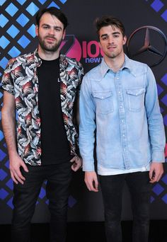 Andrew Taggart Photos Photos - Alex Pall (L) and Andrew Taggart of The Chainsmokers attend the broadcast room at the Z100's Jingle Ball 2016 at Madison Square Garden on December 9, 2016 in New York City. - Z100's Jingle Ball 2016 - BACKSTAGE