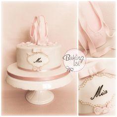 Ballerina cake by Baking Isi