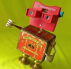 Viewmaster Robot by delores Recycled Robot, Recycled Art, Found Object Art, Found Art, Sculpture Metal, Sculpture Ideas, Recycling, Find Objects, Assemblage Art
