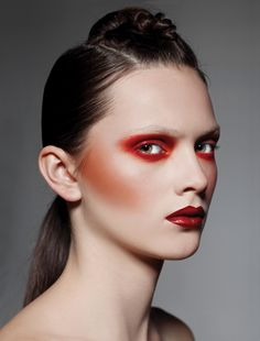 Discount Real Techniques click here ... https://www.youtube.com/watch?v=boY6ilqUMWs #makeup #makeupbrushes #realtechniques