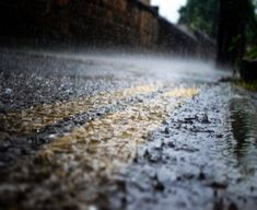 Water from thin air: a look at how rain and precipitation forms Making Water, Rain And Thunder, Photos Hd, Rain Days, Rain Storm, Rainwater Harvesting, When It Rains, Gods Creation, Istanbul
