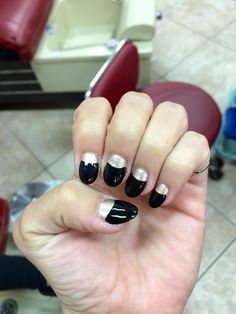 #black #gold #nails #long
