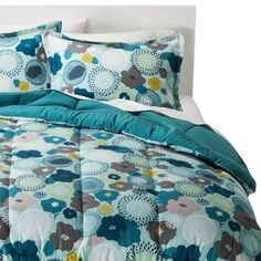 Room Essentials® Reversible Floral Comforter