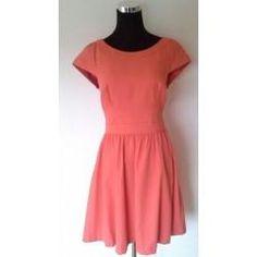 Clotheswap - Portmans dress Apple Body Type, Apple Body Shapes, Narrow Hips, Great Legs, Body Types, Short Sleeve Dresses, Slim, Amazing, Clothes