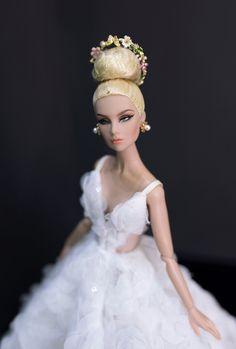 Barbie Wedding Dress, Bridal Dresses, Flower Girl Dresses, Fashion Royalty Dolls, Fashion Dolls, Princess Cartoon, Bride Dolls, Creative Embroidery, Barbie Friends