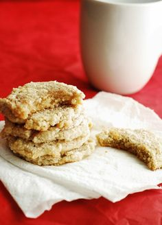 Low Carb Snickerdoodle Cookies - Easy, moist, and delicious low carb snickerdoodle cookie recipe.