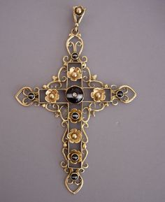 """VICTORIAN 9 carat yellow gold set banded agate cross with tiny diamond, flowers at each station, marked """"9ct"""" on back, a large 4-1/2"""" by 3"""""""