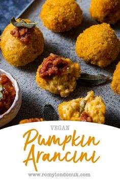 Healthy Pumpkin, Vegan Pumpkin, Pumpkin Recipes, Vegan Appetizers, Vegan Snacks, Vegan Dinners, Vegan Party Food, Vegan Food, Delicious Vegan Recipes