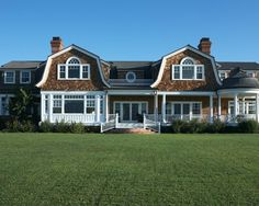 Incredible Moment at Hamptons Malibu: Traditional Landscape View Green Lawn Hamptons  Malibu Exterior