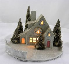 """NEW 6.5"""" KD Vintage Champagne Christmas Lighted Glitter Cottage House w/ Fence"""