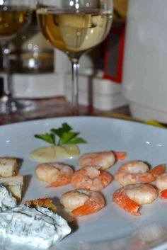 Creveți cu sos de iaurt și usturoi Seafood Recipes, Shrimp, Meat, Ocean Perch Recipes