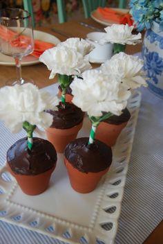 DIY Flower Pot Cupcakes