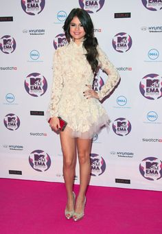 #SelenaGomez #dress