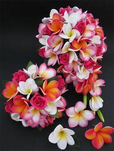 Hawaiin Flowers, Plumeria Flowers, Flowers Nature, Exotic Flowers, Pretty Flowers, Frangipani Wedding, Wedding Bouquets, Wedding Flowers, Water Garden Plants