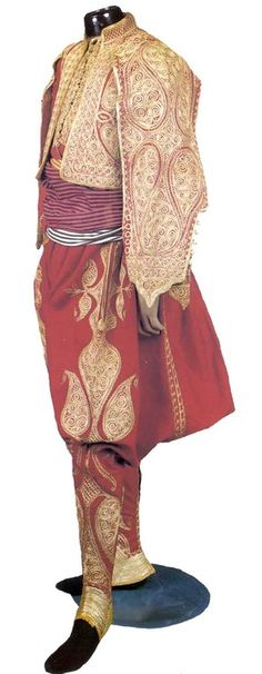 An Official Ottoman Man´s Gold embroidered suit, 19th C.. Turkey  turkishculture.org
