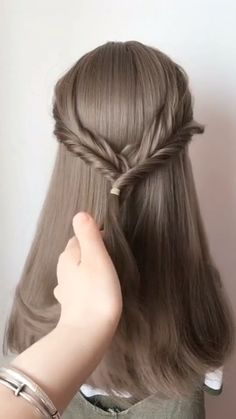 Hairstyle For Girls Hair Style Girl hair style girl Little Girl Hairstyles, Braided Hairstyles, Wedding Hairstyles, Cool Hairstyles, Hairstyles Videos, New Hair Style Girls, Girl Style, Girls Updo, Hair Girls
